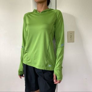REI green hooded long sleeve pullover thumbhole XS